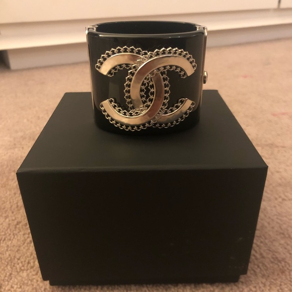 CHANEL Jewelry - Chanel CC Filagree Cuff